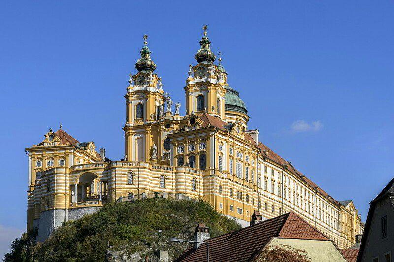 Бенедиктинське абатство