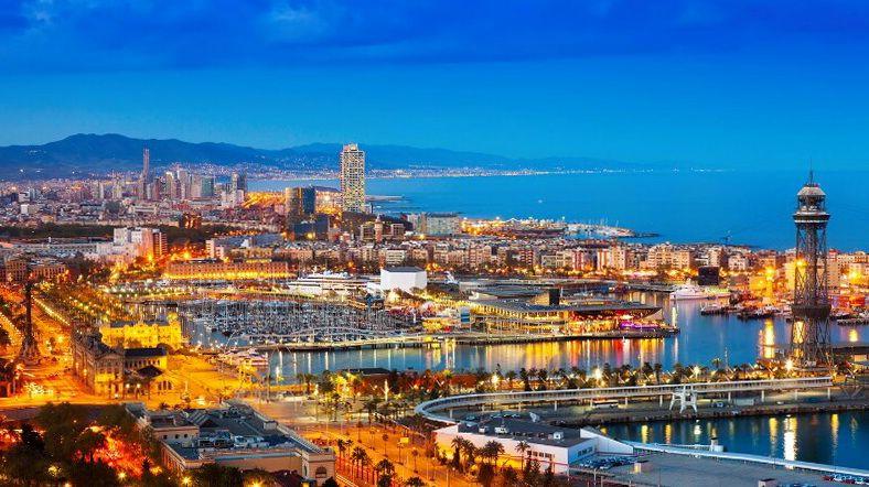 Барселона в ночі