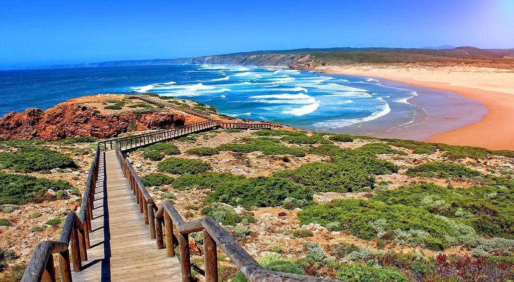 Фото: пляж регіону Алгарве
