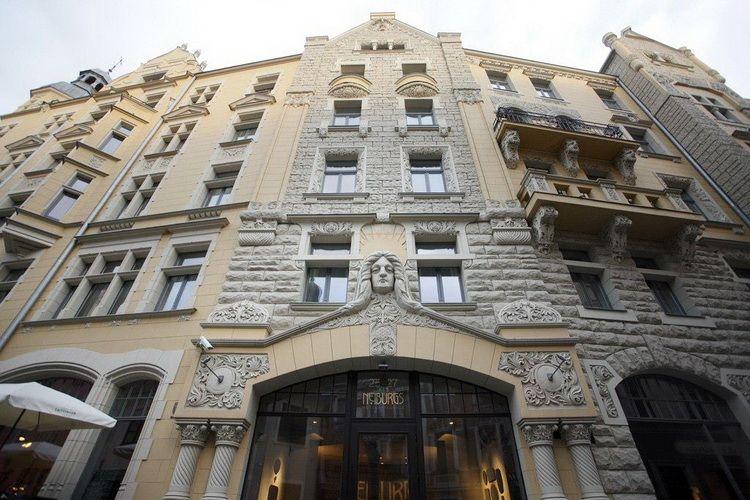 готель Neiburgs