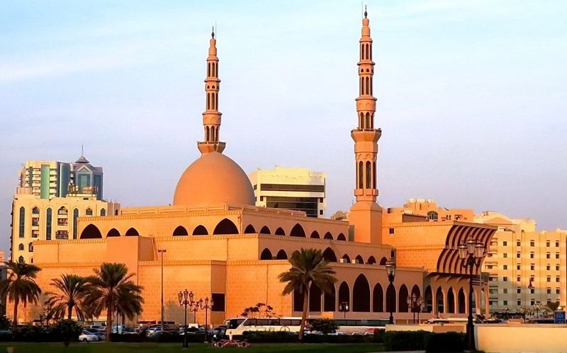Мечеть в Шарджі