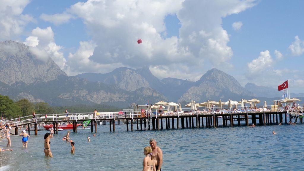 Пляж в Кемері, Туреччина