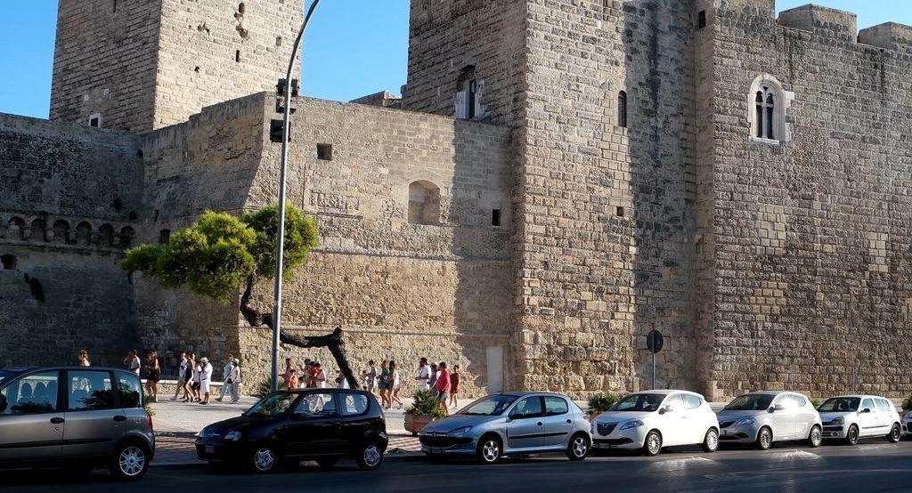 фортеця Барі