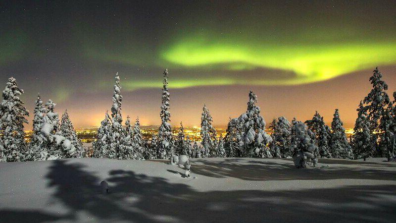 Північне сяйво в Лапландії