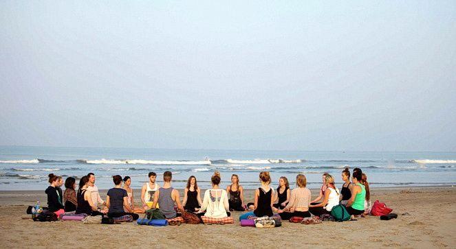 Йога-тури в Індію