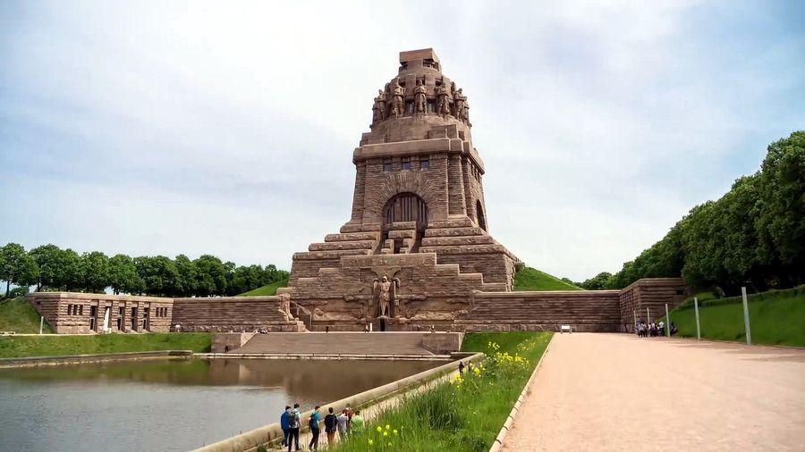 Монумент битви націй