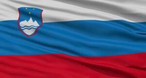 Словенія прапор