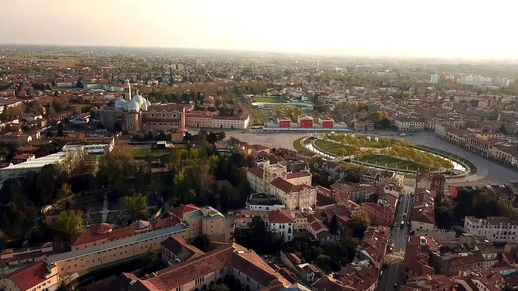 Панорама Прато делла Валле