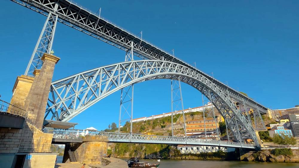 міст Порту