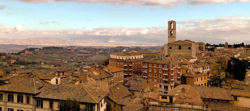 Панорама Перуджі