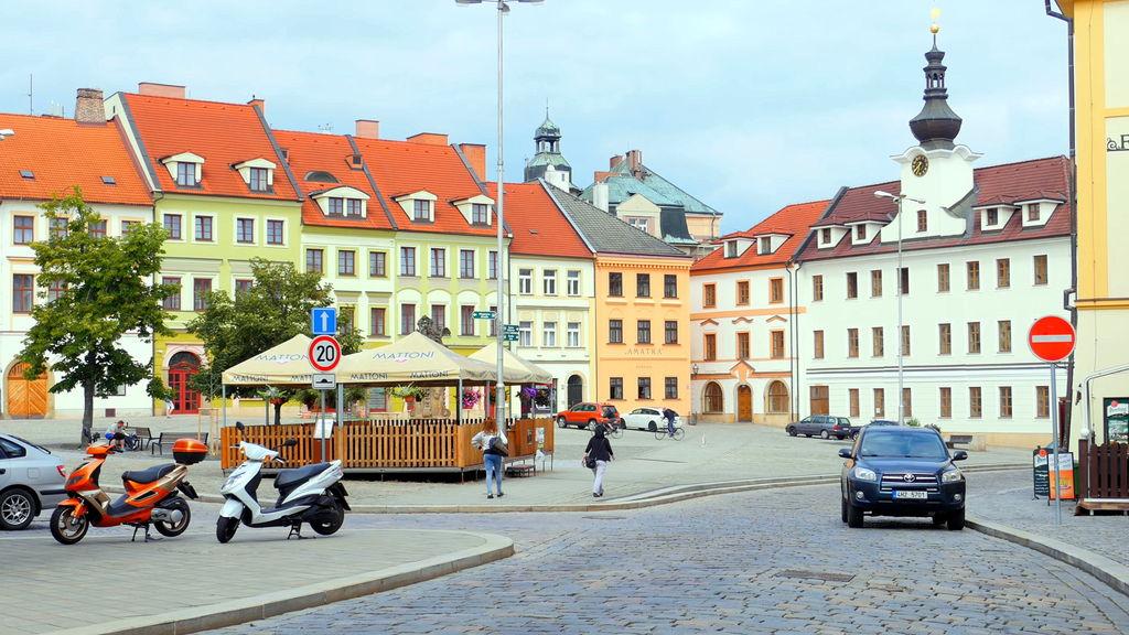 Площа в Градец-Кралове