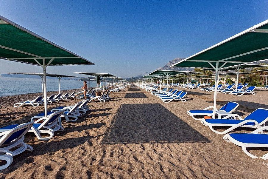 Пляж Karmir Resort Spa