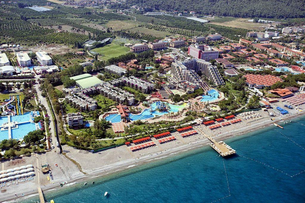 Готель Limak Limra Hotel & Resort
