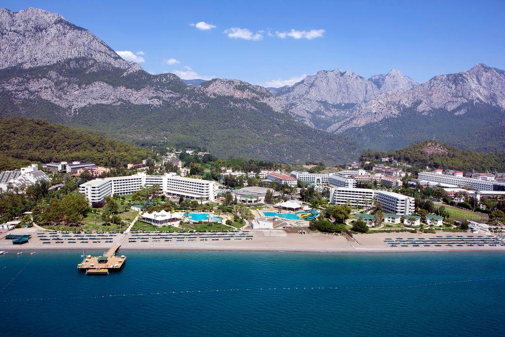 Готель Mirage Park Resort