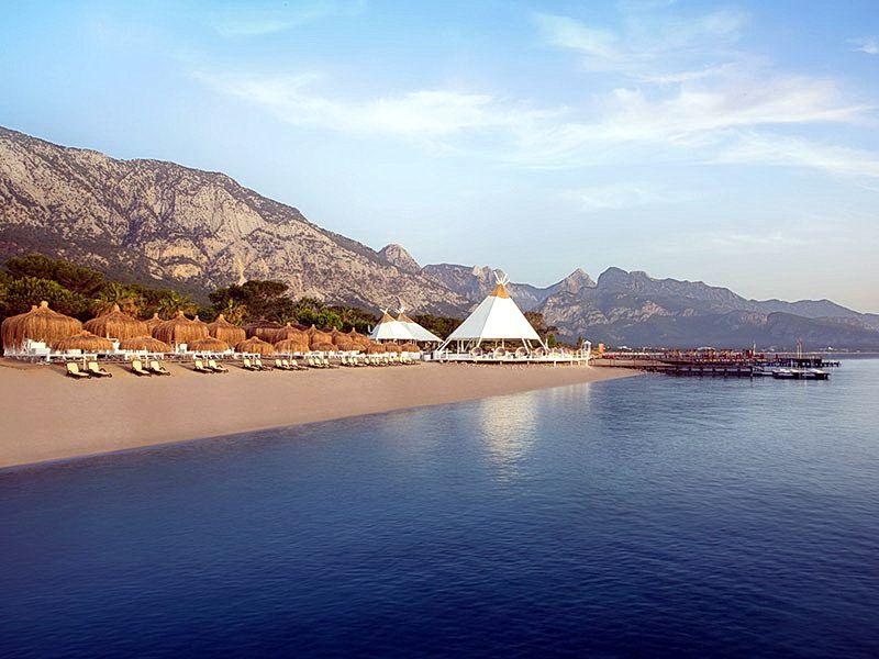 Пляж Paloma Foresta Resort & Spa