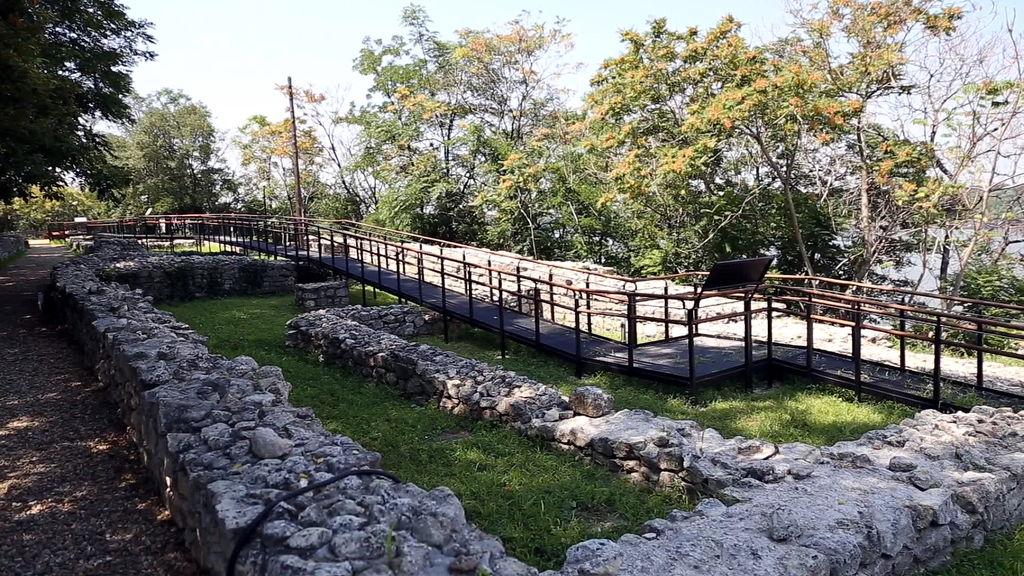Руїни римської фортеці