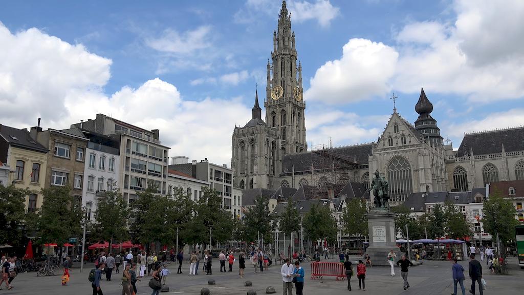 Гранд-плас в Антверпені