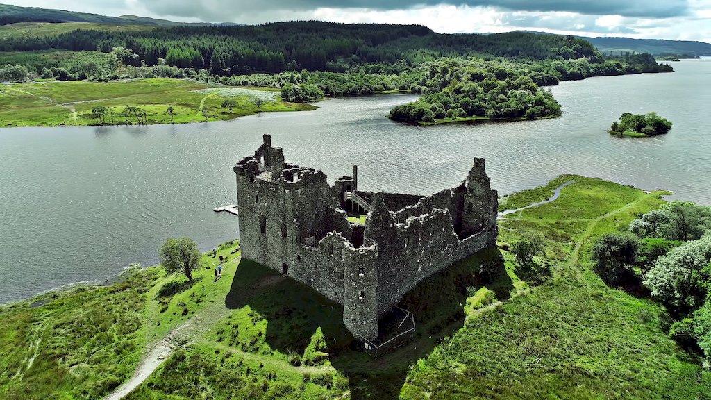 Руїни старого замку