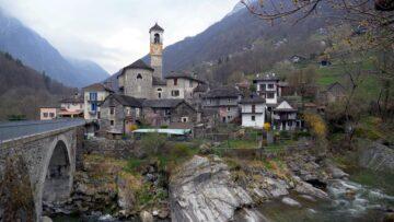 Місто Лавертеццо Швейцарія