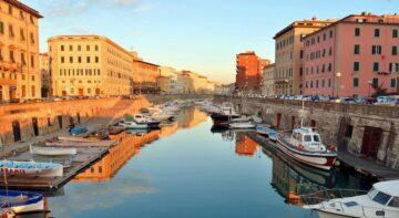 Місто Ліворно Італія