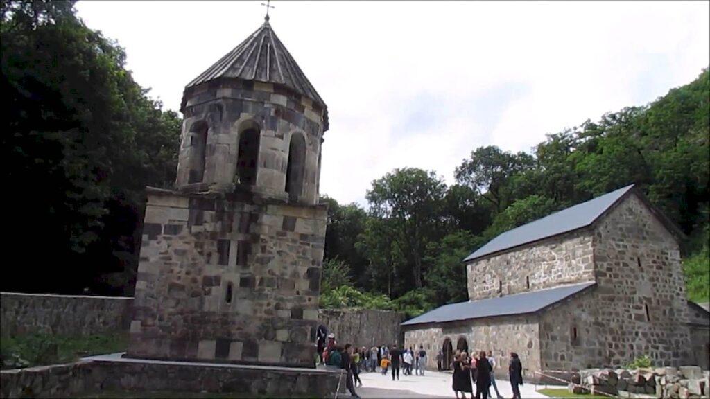 Зелений монастир