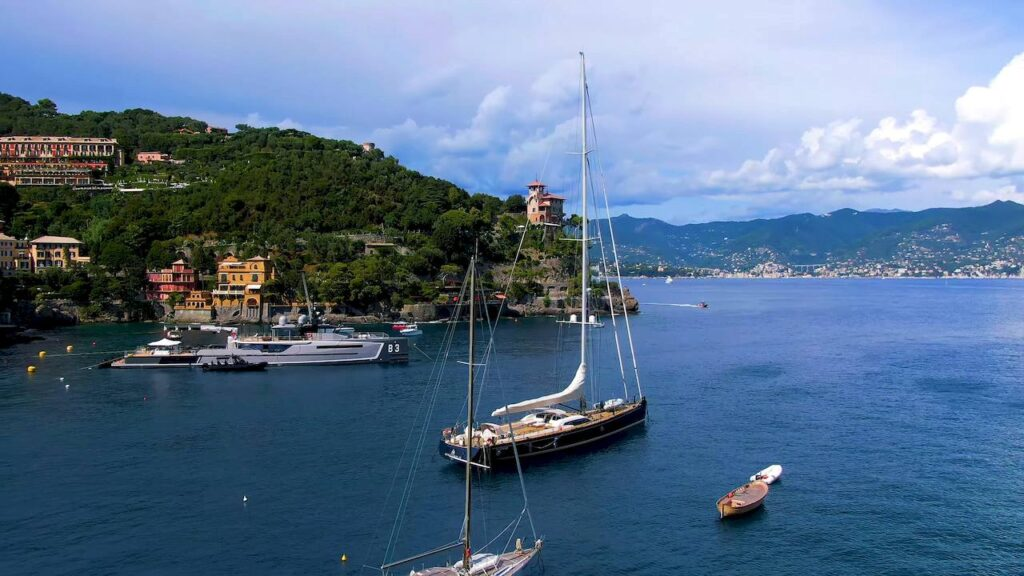 Човни і яхти в бухті Портофіно