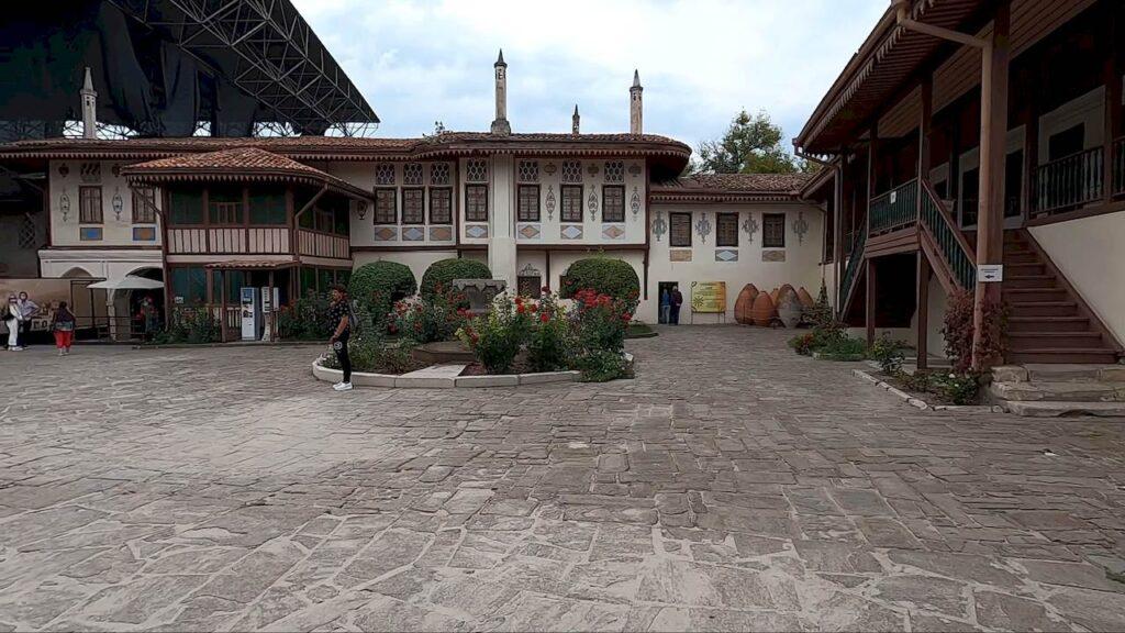Ханський палац. Внутрішній двір