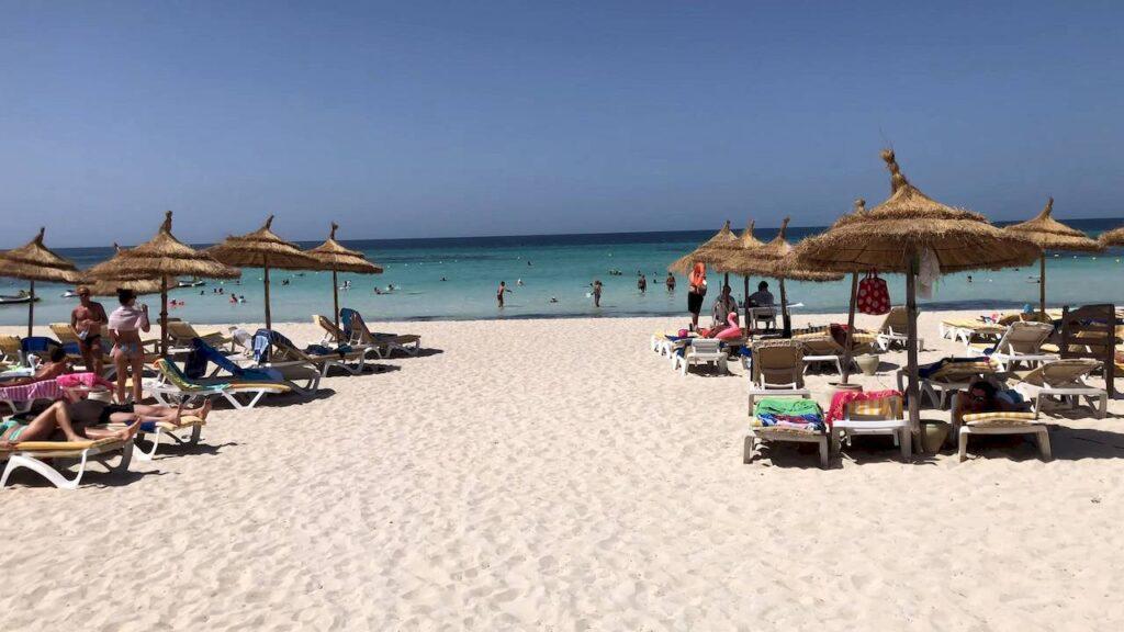 Пляж в Джербі